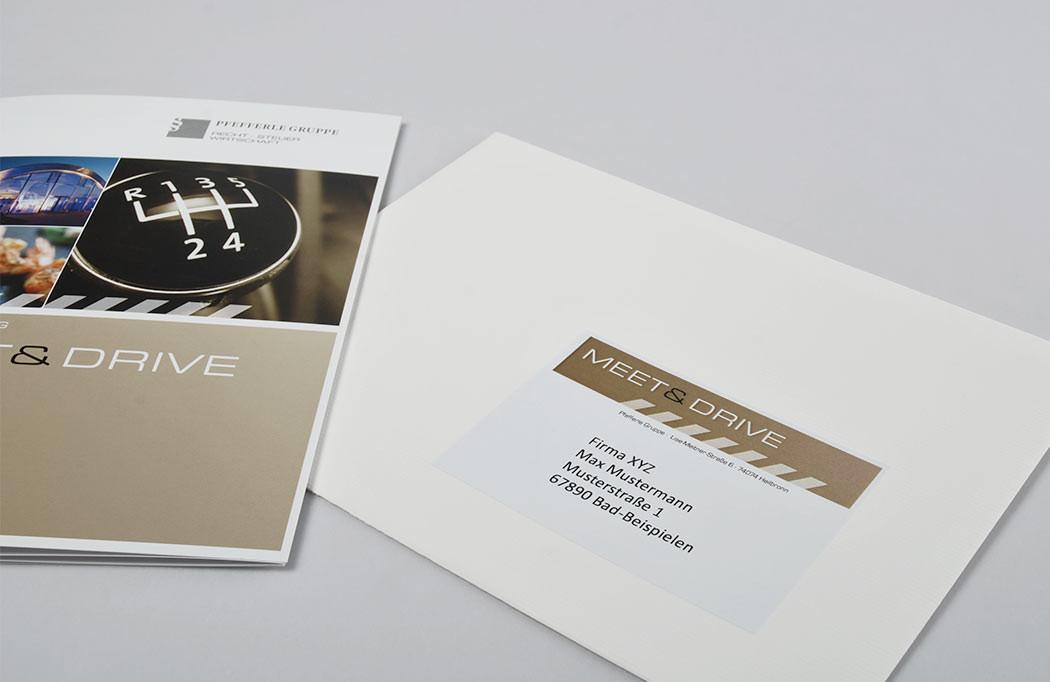 Umschlag mit individuellem Adressetikett