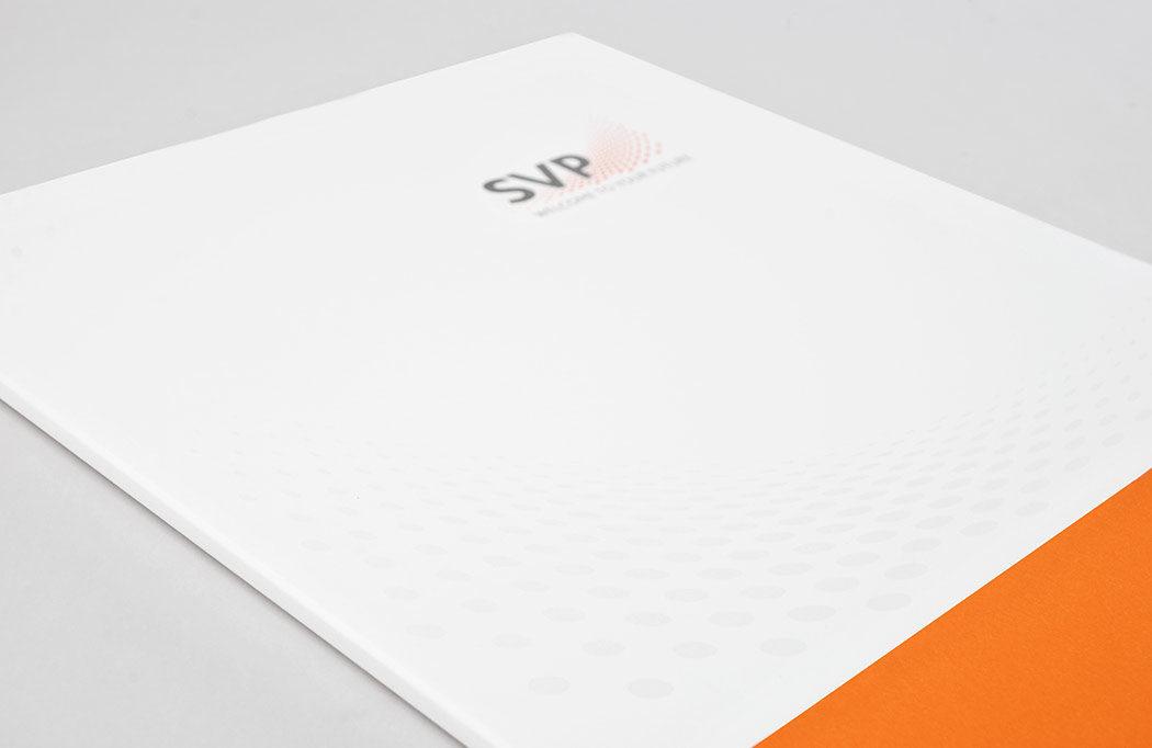 Als Teilbereich des neuen Corporate Designs wurde diese Mappe erstellt.